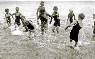 Children playing in the water at Bronte Beach