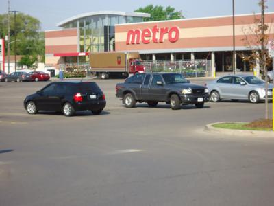 Metro - South Oakville Centre