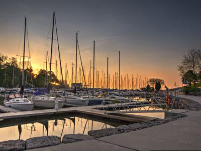 Sunrise on Oakville Harbour
