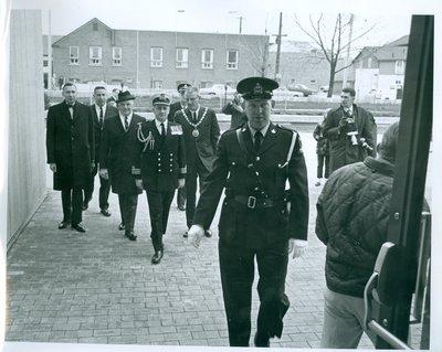 Earl Rowe Arriving at the Oakville Centennial Centre