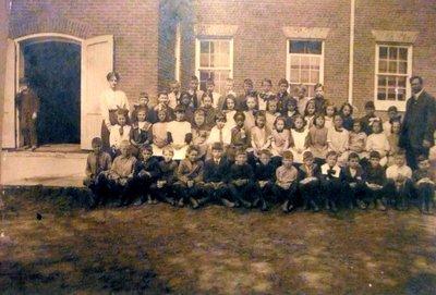 Central School class photo 1948